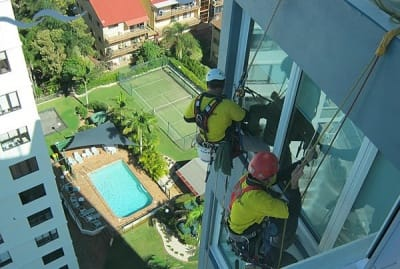 rope_access_building_maintenance1_400